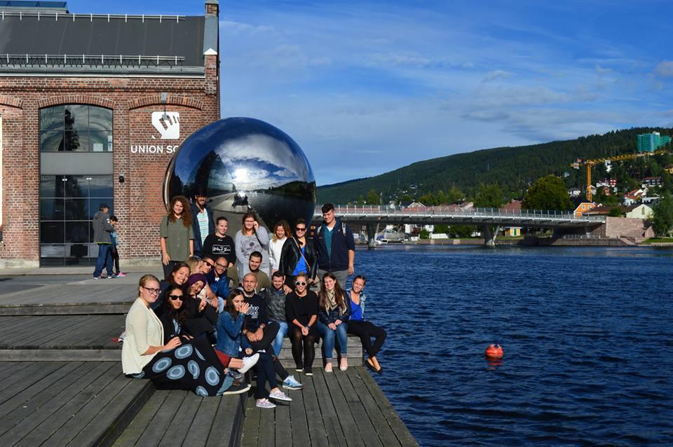 10 κορυφαίες τοποθεσίες γνωριμιών στη Νορβηγία Κουάλα Λουμπούρ ραντεβού πρακτορείο